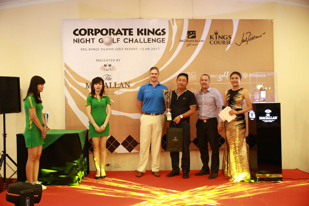 2017 Corporate Kings Night Golf Challenge (4)